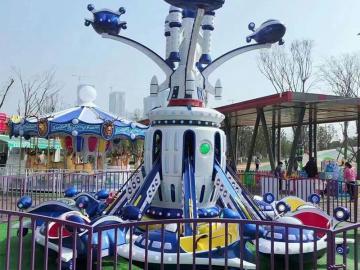 新款儿童游乐设备自控飞机-太空飞车广场赚钱得游乐设备